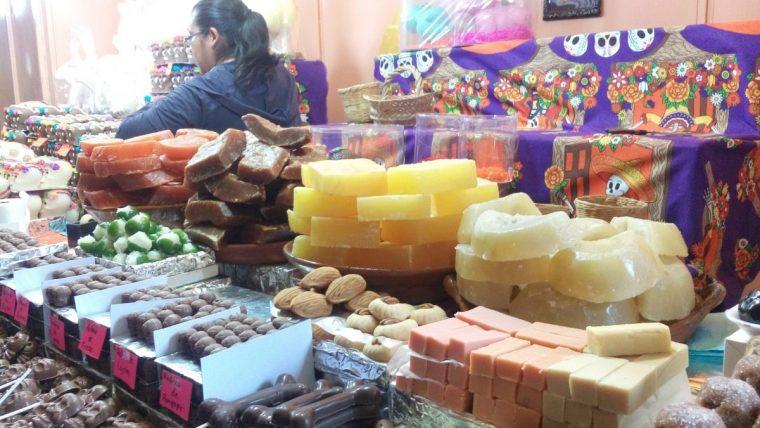 Feria del alfeñique - dulces y chocolates